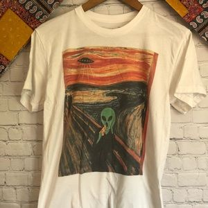 Riot society scream with alien graphic T-shirt